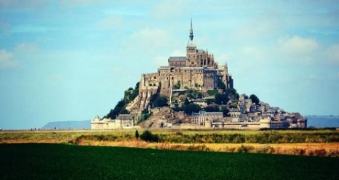 Mont St Michel: il monte incantato (o profanato?)