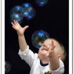 Oggi fabbrichiamo le bolle di sapone