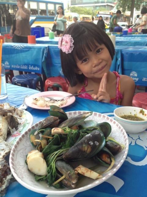 Mint e il pesce fresco tailandese. La salsina verde invece non è proprio per bambini! Credits: Andrea Bicini