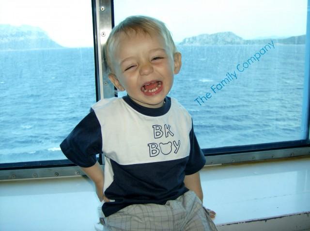 Bambini Nave Sardegna