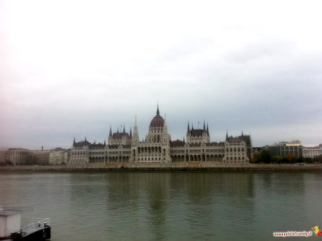 Vista Parlamento. Budapest 0-12. Credits: PatatoFriendly
