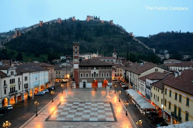 Marostica Piazza Scacchi vista dal Castello