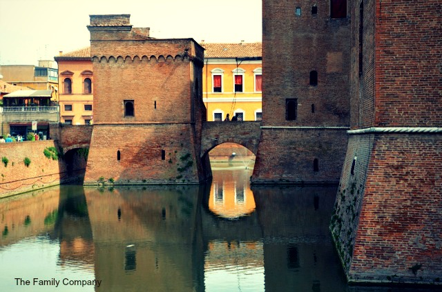 Castello di Ferrara fossato 2
