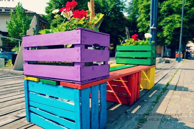 panchina colorata cles