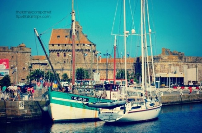 Il porto di Saint Malo, fuori le mura.