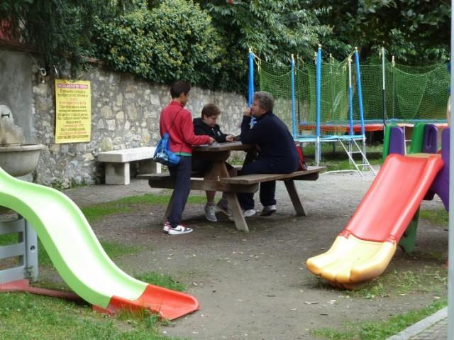 Una piccola e rara area gioco, a Breno