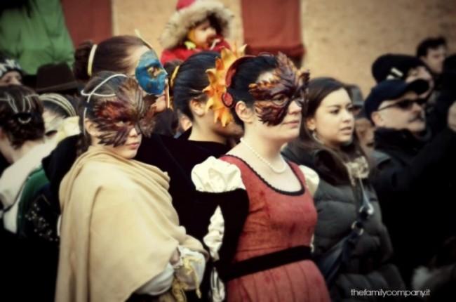 Carnevale rinascimentale di ferrara maschere femminli