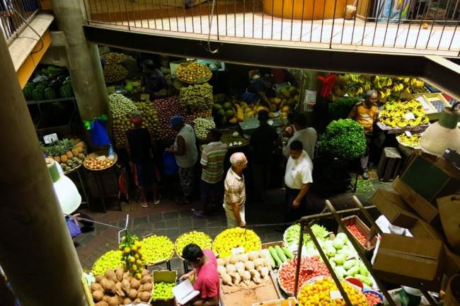 Il mercato principale di Port Louis. Foto Roberto Savioli