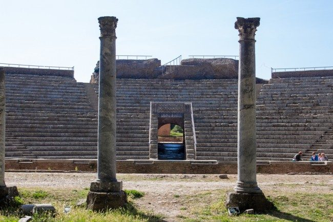 ostia anfiteatro