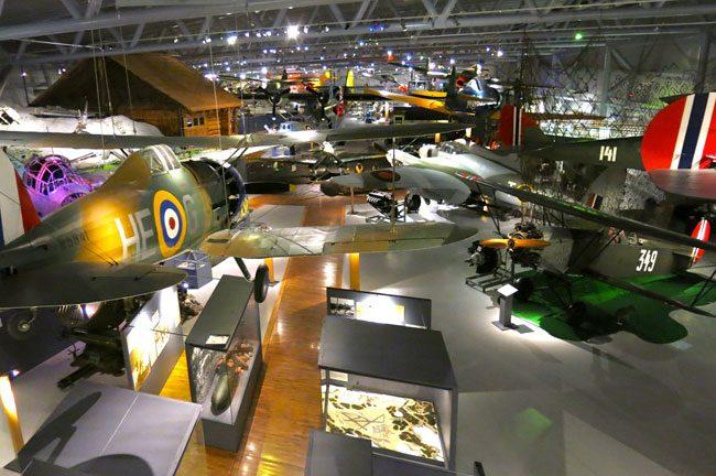 L sala rincipale del Museo Nazionale dell'aviazione norvegese. Foto Roberto Savioli