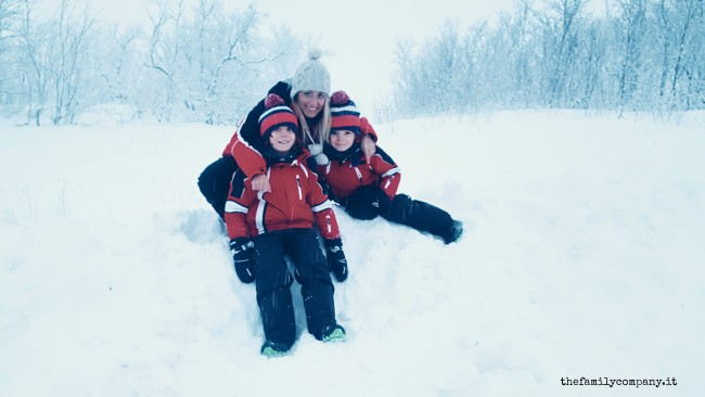 lapponia con bambini inverno