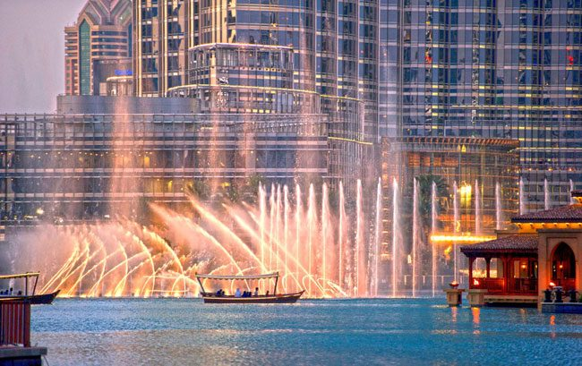Web_use-Dubai-Fountain-12
