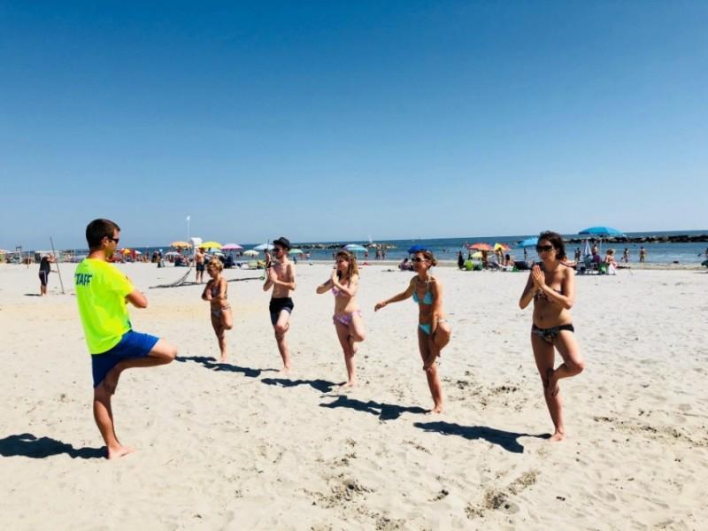 blu suite hotel risveglio muscolare in spiaggia