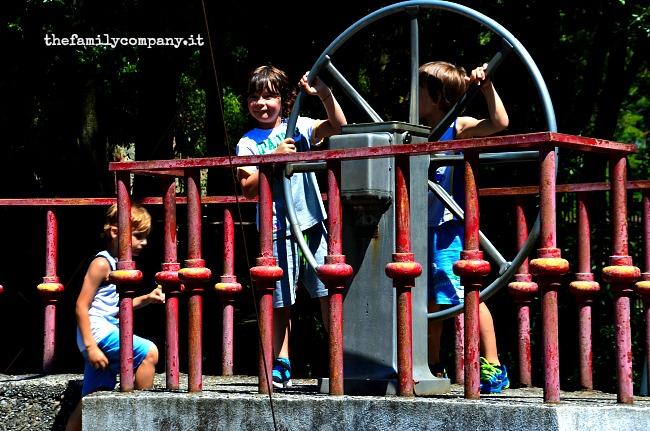 parco di pinocchio nave