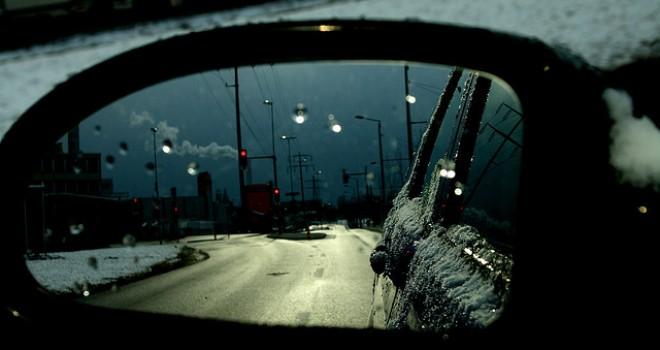 Viaggiare in auto con bambini: 6 consigli per l'inverno